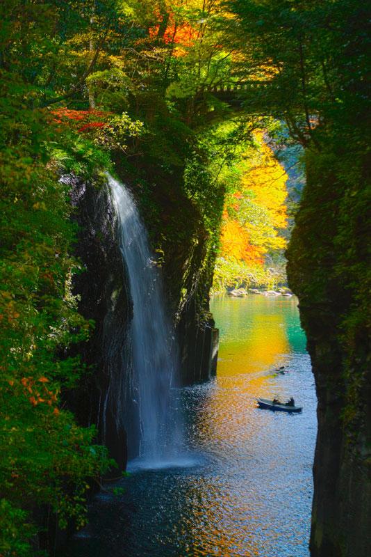 高千穂峡 紅葉(みやざき観光情報フリー写真)