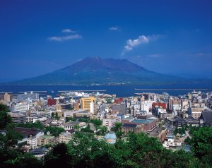 桜島と鹿児島市街